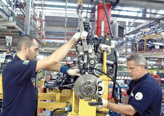 Operai e impiegati di fronte al 4.0: formazione e riqualificazione fondamentali